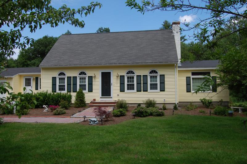 Vinyl Siding, Trim, Window and Door Work